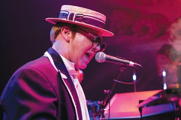 'The Rocket Man' Elton John tribute night heading to Kilmarnock