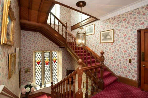 Ayr Advertiser: Staircase. (Credit: Savills)