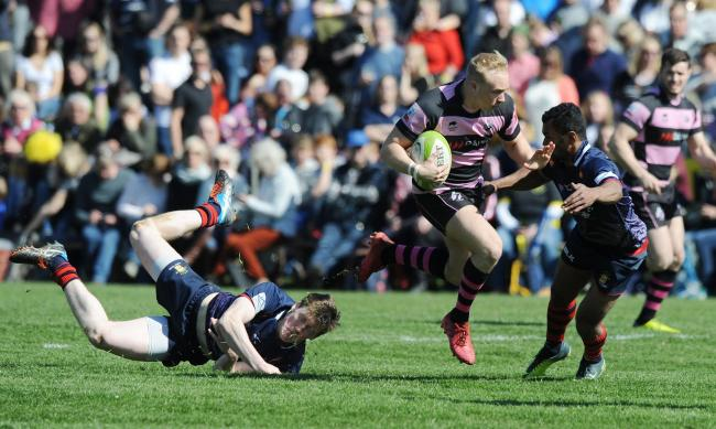 SEVENS CHALLENGE: Ayr are pictured in action against Dundee during last year's Melrose Sevens at the Greenyards. Picture: Fotosport/David Gibson.
