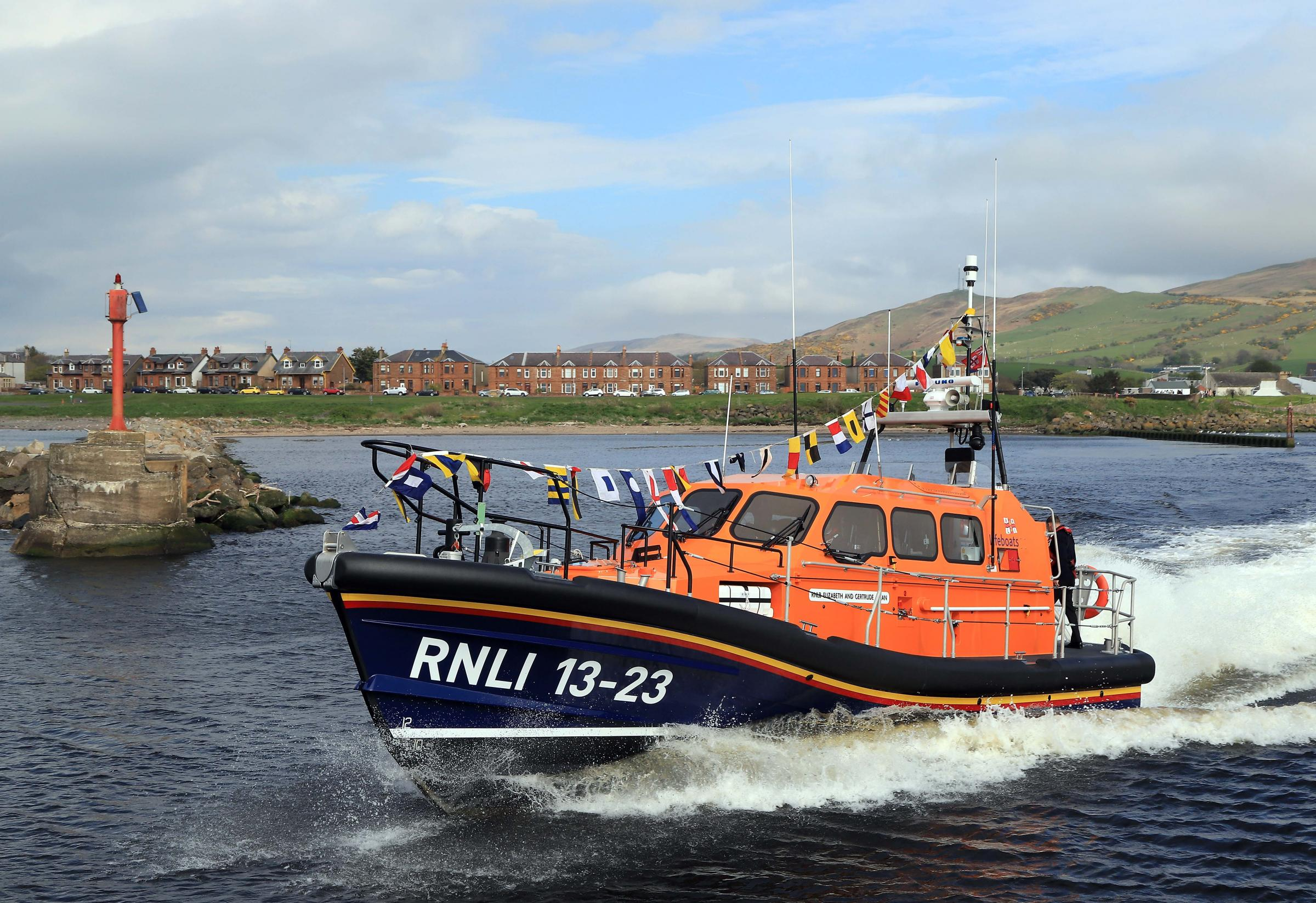 Girvan lifeboat officially welcomed
