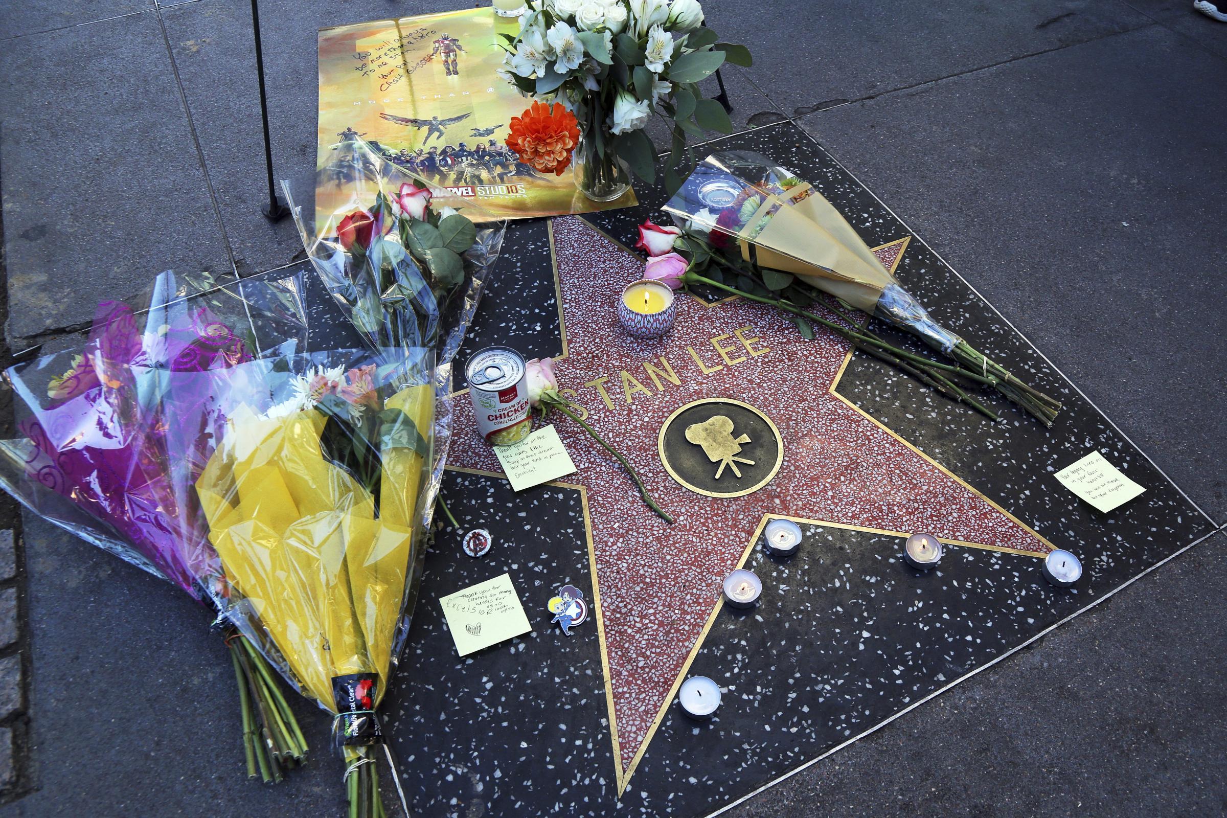 Artists create heartbreaking tributes to comics pioneer Stan Lee